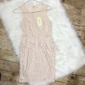 Love Point Lace Dress, NWT